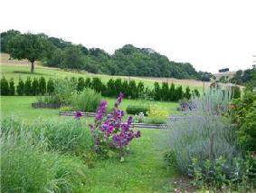 Jardins romains visiter france for Caumont sur durance jardin romain